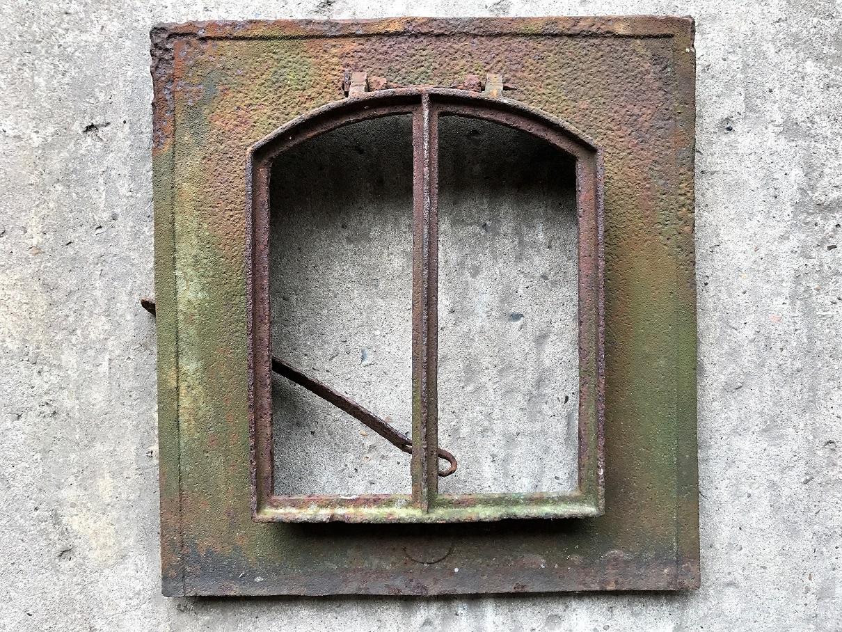 historische baustoffe prenzel : kleines dachfenster 44x41 cm